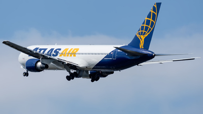 A picture of N641GT - Boeing 76738E(ER) - Atlas Air - © Michal Furmanczak