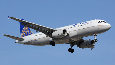 N1902U - Airbus A320-232 - United Airlines