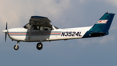 N3524L - Cessna 172S Skyhawk - Air Transport Professionals (ATP)