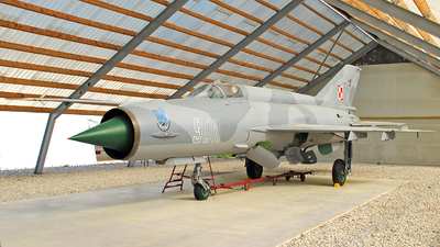 9011 - Mikoyan-Gurevich MiG-21MF Fishbed J - Poland - Air Force