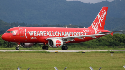 A picture of 9MAQF - Airbus A320216 - AirAsia - © Kody Chin