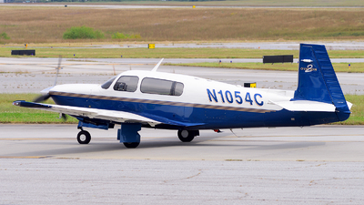 N1054C - Mooney M20R Ovation - Private
