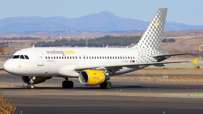 EC-MGF - Airbus A319-111 - Vueling Airlines