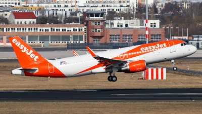 OE-IVZ - Airbus A320-214 - easyJet Europe