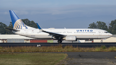 A picture of N76522 - Boeing 737824 - United Airlines - © Juan Manuel Galvez