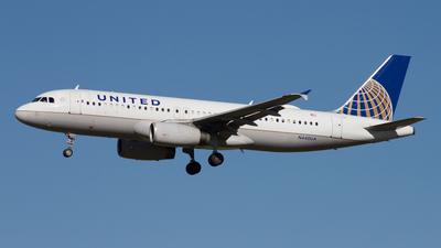 N440UA - Airbus A320-232 - United Airlines