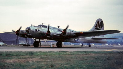 N17TE - Boeing B-17G Flying Fortress - Private