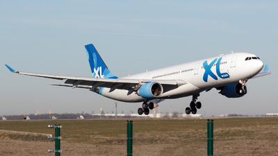 F-HXLF - Airbus A330-303 - XL Airways France