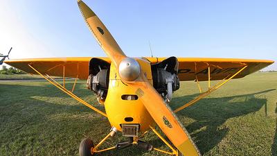 SP-AWP - Piper J-3C-65 Cub - Private
