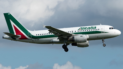 A picture of EIIMW - Airbus A319112 - Alitalia - © Mike Dark Aviation