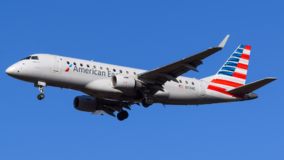 A picture of N113HQ - Embraer E175LR - American Airlines - © Evan Dougherty