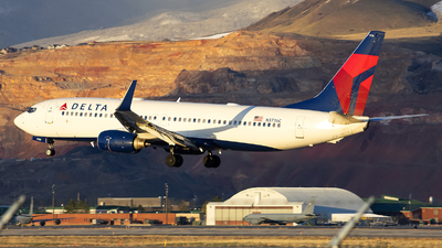 A picture of N3736C - Boeing 737832 - Delta Air Lines - © Michael Rodeback