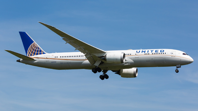 A picture of N38955 - Boeing 7879 Dreamliner - United Airlines - © Angelo Harmsworth