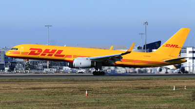 A picture of GDHKN - Boeing 757223(PCF) - DHL - © Helmut Schnichels