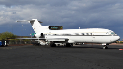 N104HR - Boeing 727-223(Adv) - Private