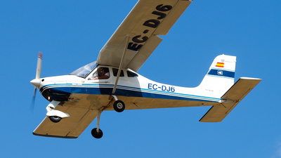 EC-DJ6 - Tecnam P92 S Echo - Private