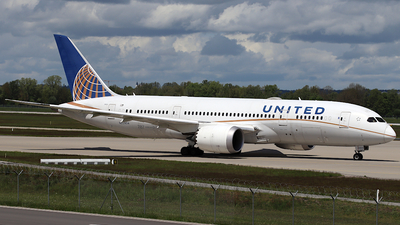 A picture of N20904 - Boeing 7878 Dreamliner - United Airlines - © ms spot