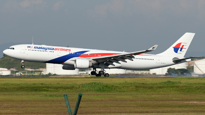 9M-MTN - Airbus A330-323 - Malaysia Airlines