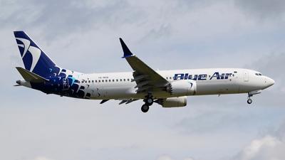 A picture of YRMXB - Boeing 737 MAX 8 - Blue Air - © Joe G. Walker