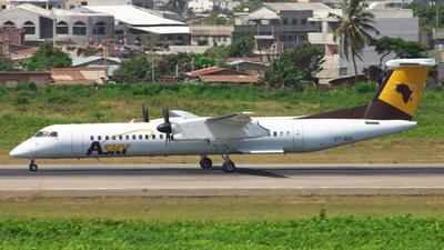 A picture of ETAQC - De Havilland Canada Dash 8400 - [4421] - © Sander