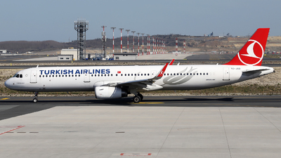 A picture of TCJSO - Airbus A321231 - Turkish Airlines - © Firat Cimenli