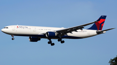 N809NW - Airbus A330-323 - Delta Air Lines
