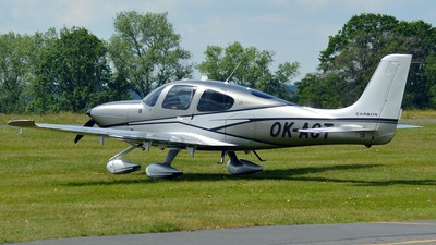 OK-ACT - Cirrus SR22-G6 - Private