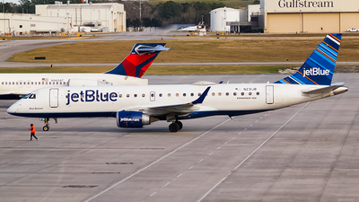 A picture of N231JB - Embraer E190AR - JetBlue Airways - © Ksavspotter