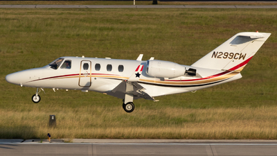 N299CW - Cessna 525 CitationJet 1 - Flight Options
