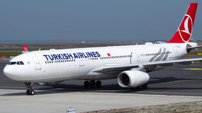 A picture of TCLOE - Airbus A330343 - Turkish Airlines - © Turkay Oksuz