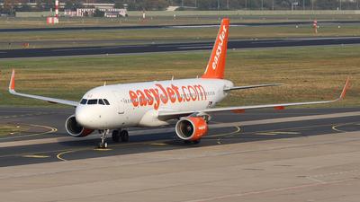 OE-IVZ - Airbus A320-214 - easyJet Europe