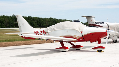 A picture of N621SL - Lancair Columbia 400 - [41510] - © Jeremy D. Dando