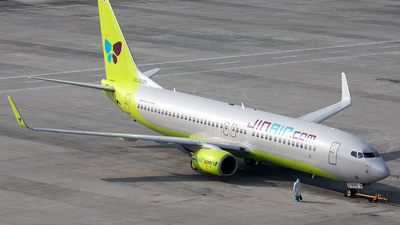 A picture of HL8225 - Boeing 7378Q8 - Jin Air - © Danny Yu