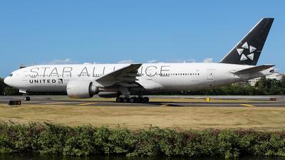N76021 - Boeing 777-224(ER) - United Airlines
