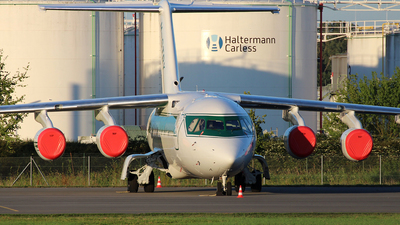 M-STRY - British Aerospace Avro RJ70 - Formula One Management