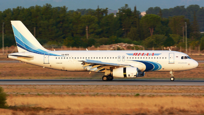 A picture of VQBZS - Airbus A320232 - Yamal Airlines - © jeremy denton