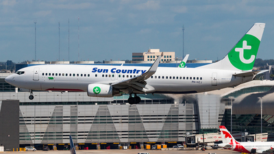 PH-HZJ - Boeing 737-8K2 - Sun Country Airlines