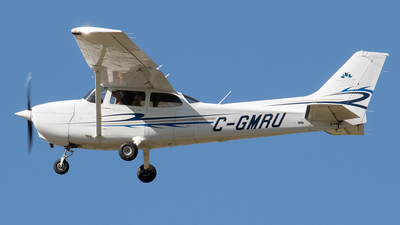 C-GMRU - Cessna 172R Skyhawk II - Mount Royal University