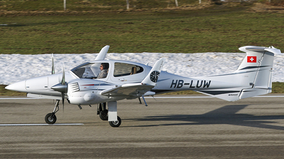 HB-LUW - Diamond DA-42 Twin Star - Private