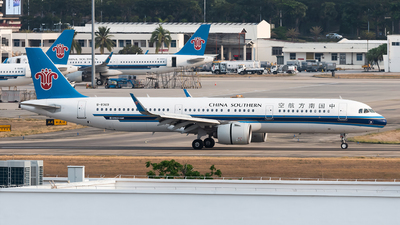 A picture of B8369 - Airbus A321271N - China Southern Airlines - © Lazy Clutch