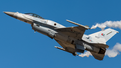 3037 - Lockheed Martin F-16E Fighting Falcon - United Arab Emirates - Air Force