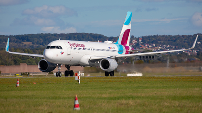 A picture of OEIEW - Airbus A320214 - Eurowings - © Bianca Renz