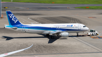 JA8947 - Airbus A320-211 - All Nippon Airways (ANA)