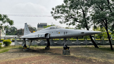 5251 - Northrop F-5F Tiger II - Taiwan - Air Force