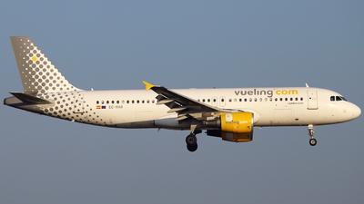EC-HHA - Airbus A320-214 - Vueling