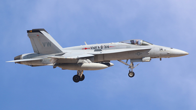 164253 - McDonnell Douglas F/A-18C Hornet - United States - US Navy (USN)