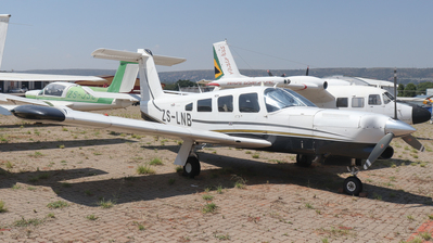 ZS-LNB - Piper PA-32RT-300T Turbo Lance II - Private