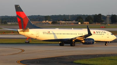 A picture of N3752 - Boeing 737832 - Delta Air Lines - © ajwebb