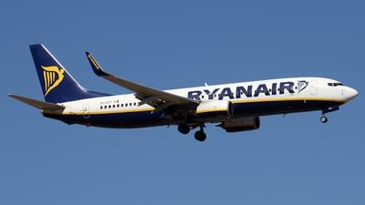 A picture of EIEVT - Boeing 7378AS - Ryanair - © Alfonso Solis