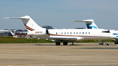 OE-LIO - Bombardier BD-700-1A11 Global 5000 - Avcon Jet